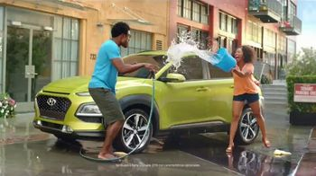 Hyundai Epic Summer Liquidación TV Spot, 'Pelea de agua' [Spanish] [T2] - Thumbnail 5