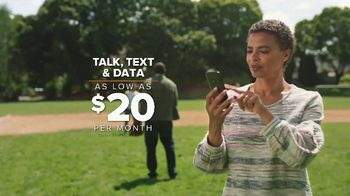 Consumer Cellular TV Spot, 'Baseball: First Month Free' - Thumbnail 3