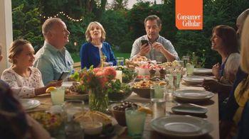 Consumer Cellular TV Spot, 'Sunday Dinner: Pass the Rolls' - Thumbnail 4
