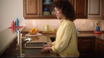 Sparkle Towels TV Spot, 'Puppies Girl' - Thumbnail 1
