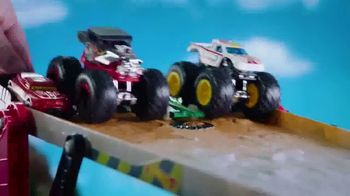 Hot Wheels Monster Trucks Downhill Race & Go Playset TV Spot, 'Take out the Competition' - Thumbnail 4