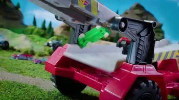 Hot Wheels Monster Trucks Downhill Race & Go Playset TV Spot, 'Take out the Competition' - Thumbnail 7
