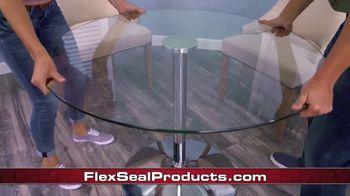 Flex Glue Clear TV Spot, 'Rubberized Glue: Glass Boat' - Thumbnail 3