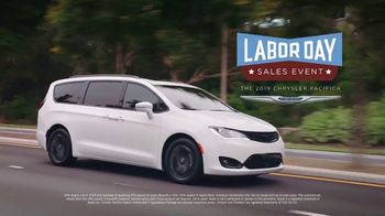 Chrysler Labor Day Sales Event TV Spot, 'Talking Van: Bad Parents' Song by Kelis [T1] - Thumbnail 9