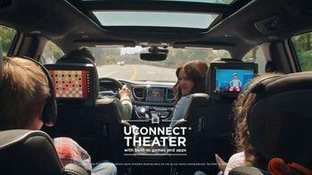 Chrysler Labor Day Sales Event TV Spot, 'Talking Van: Bad Parents' Song by Kelis [T1] - Thumbnail 8