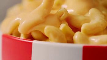 KFC $5 Fill Ups TV Spot, 'Mac & Cheeeeeeeeeeese Bowl' - Thumbnail 5