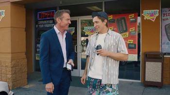 Esurance TV Spot, 'Stuck in the '90s' Featuring Dennis Quaid - Thumbnail 8