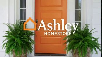 Ashley HomeStore Black Friday in July TV Spot, 'Breaking All the Rules: No Interest' - Thumbnail 1
