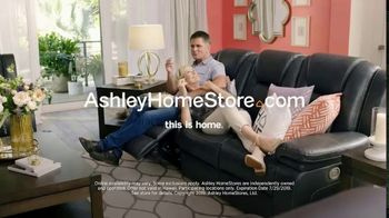 Ashley HomeStore Black Friday in July TV Spot, 'Breaking All the Rules: No Interest' - Thumbnail 9