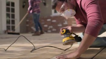 Lowe's Labor Day Savings TV Spot, 'Step One to Step Done: Valspar Paint + Primer' - Thumbnail 3
