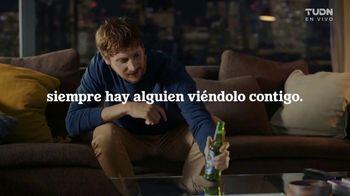 Heineken 0.0 TV Spot, 'UEFA Champions League: nunca mirar solo: temblor'  [Spanish] - Thumbnail 7