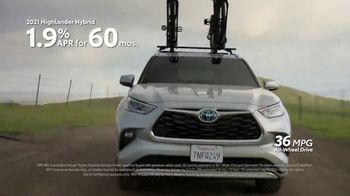 Toyota TV Spot, 'Ready for Some Fun This Fall' [T2] - Thumbnail 6