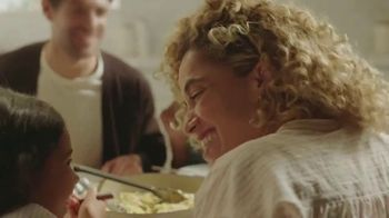 Campbell's Cream of Chicken Soup TV Spot, 'What's for Dinner: Make Magic' - Thumbnail 9