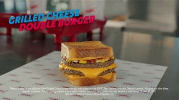 Sonic Drive-In Grilled Cheese Double Burger TV Spot, 'Debate: What Came First?' - Thumbnail 8