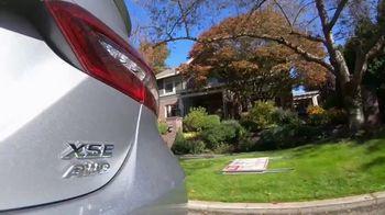 Toyota Fall Savings TV Spot, 'Back in Washington: Camry' Featuring Danielle Demski, Ethan Erickson [T2] - Thumbnail 4