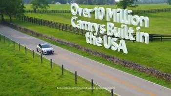 Toyota Fall Savings TV Spot, 'Back in Washington: Camry' Featuring Danielle Demski, Ethan Erickson [T2] - Thumbnail 6