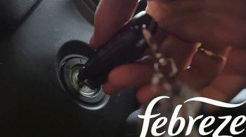 Febreze Car Vent Clip TV Spot, 'Olor de libertad' [Spanish] - Thumbnail 2