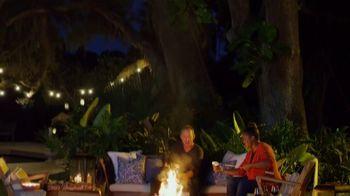 Etsy TV Spot, 'Brian & Mika Fall Vignette' Feat. Brian Kleinschmidt, Mika Kleinschmidt - Thumbnail 10