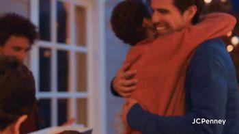 JCPenney Friends & Family Sale TV Spot, '50% Across the Store' - Thumbnail 8
