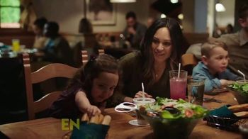 Olive Garden Signature Classics TV Spot, 'Cremosos, deliciosos e irresistibles' [Spanish] - Thumbnail 6