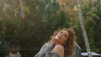 hers TV Spot, 'Hair Regrowth Treatment' Featuring Jennifer Lopez - Thumbnail 9