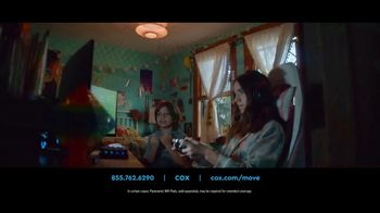 Cox Internet TV Spot, 'Meet the Neighbors' - Thumbnail 4
