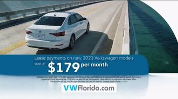 Volkswagen Celebration of Zero TV Spot, 'Zero Reasons' [T2] - Thumbnail 6