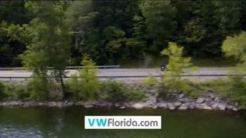 Volkswagen Celebration of Zero TV Spot, 'Zero Reasons' [T2] - Thumbnail 8