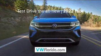 Volkswagen Celebration of Zero TV Spot, 'Zero Reasons' [T2] - Thumbnail 9