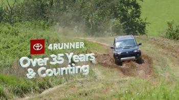 Toyota Fall Savings TV Spot, 'Back on the Road: AWD' Featuring Danielle Demski, Ethan Erickson [T2] - Thumbnail 3