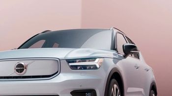 2022 Volvo XC40 Recharge TV Spot, 'Pure Electric: Shop With a Click' Song by New Order [T2] - Thumbnail 4