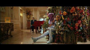 Uber Eats TV Spot, 'Mayo vs. Ketchup' Featuring Elton John, Lil Nas X - Thumbnail 6