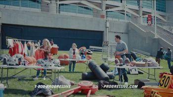 Progressive TV Spot, 'Baker Mayfield Holds a Yard Sale' Featuring Jedrick Wills Jr. - Thumbnail 5