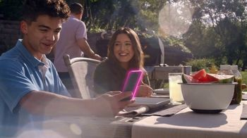 T-Mobile Magenta MAX TV Spot, 'Sin costo por cambiarte, trae tu teléfono: $800 dólares' [Spanish] - Thumbnail 3