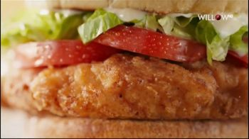 McDonald's Deluxe Crispy Chicken Sandwich TV Spot, 'The First Three Things' - Thumbnail 5