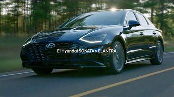 Hyundai TV Spot, 'Tu camino: Sonata y Elantra' canción de BAYBE [Spanish] [T2] - 22 commercial airings