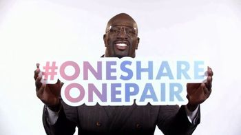 Glazer Vision Foundation TV Spot, 'Vision Porblems' Featuring Titus O'Neil - Thumbnail 9