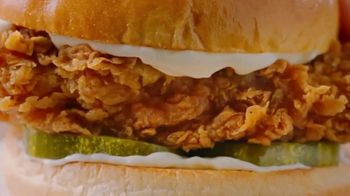 Popeyes TV Spot, 'Lots of Ways to Love That Chicken From Popeyes' - Thumbnail 3