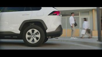 2021 Nissan Rogue TV Spot, 'The Town of Basic' [T2]