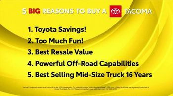 Toyota Fall Savings TV Spot, 'Reasons to Buy a Tacoma' [T2] - Thumbnail 2