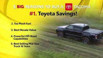 Toyota Fall Savings TV Spot, 'Reasons to Buy a Tacoma' [T2] - Thumbnail 3