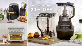 Macy's One Day Sale TV Spot, 'Comforters, Luggage and Small Appliances' - Thumbnail 7