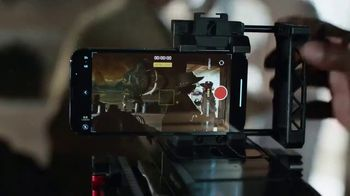 Apple iPhone 13 Pro TV Spot, 'Hollywood in Your Pocket' Song by Labrinth - Thumbnail 7