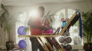 SiriusXM Satellite Radio TV Spot, 'The Gym' Featuring Kevin Hart, Bebe Rexha - Thumbnail 4
