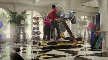 SiriusXM Satellite Radio TV Spot, 'The Gym' Featuring Kevin Hart, Bebe Rexha - Thumbnail 6