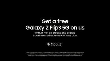 Samsung TV Spot, 'Experience Galaxy Z Fold3 5G & Z Flip3 5G: Free Z Flip3' - Thumbnail 10
