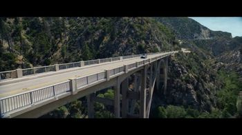 Lexus Golden Opportunity Sales Event TV Spot, 'Hybrid: No Signal' [T2] - Thumbnail 3