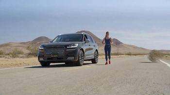 SKECHERS GOWalk 6 TV Spot, 'Salir a caminar' [Spanish] - Thumbnail 6