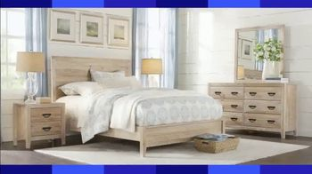 Rooms to Go Labor Day Sale TV Spot, 'Coastal Queen Bed Set' - Thumbnail 2