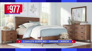 Rooms to Go Labor Day Sale TV Spot, 'Coastal Queen Bed Set' - Thumbnail 3